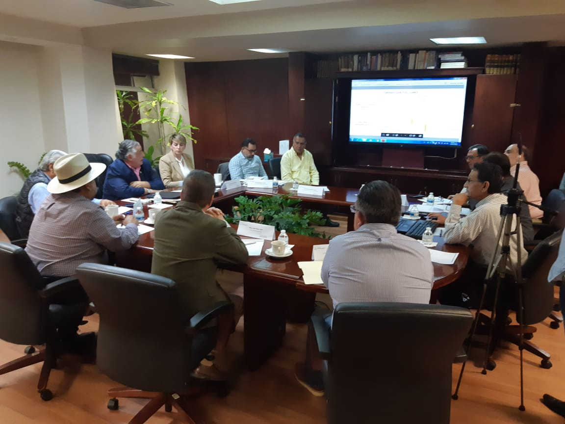 El Ing. Marcelino Márquez Wong Director general de la CESPE se reúne con los organismos operadores del agua
