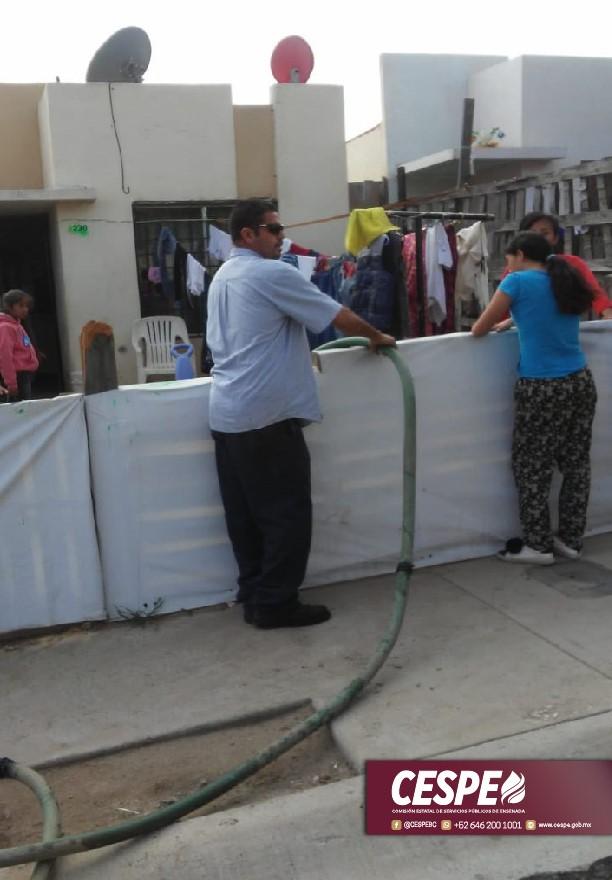 Llevamos agua al Fraccionamiento Puerto Azul, ante la irresponsabilidad de la constructora.