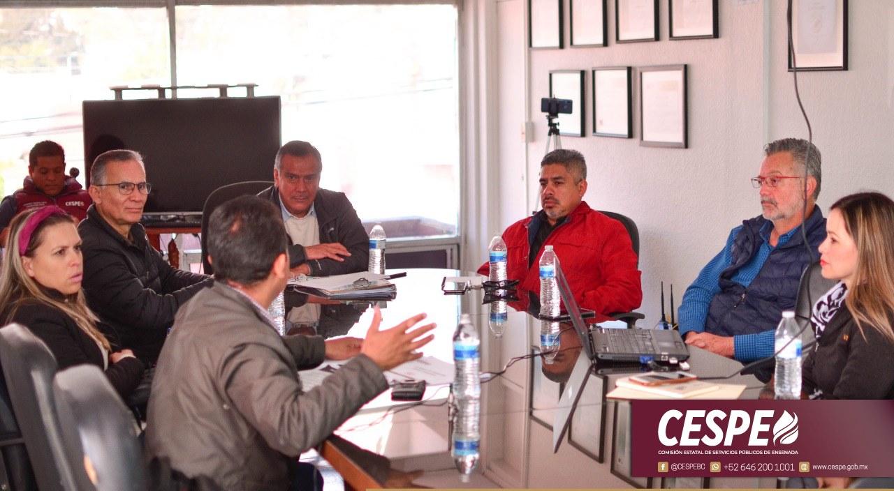 Atiende Director General de la CESPE a la directiva de la CANADEVI