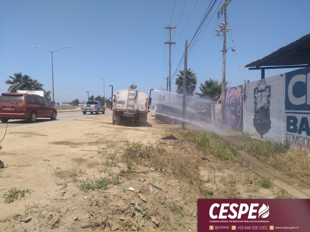 La Gerencia Sur de la CESPE sanitiza las colonias Vicente Guerrero, Camalú, Lázaro Cárdenas y Colonet.