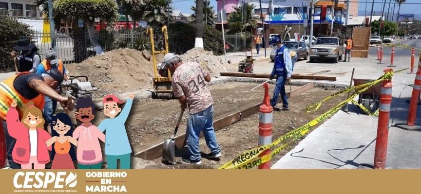 En Marcha bacheo de la CESPE sobre reparación del Boulevard Costero.