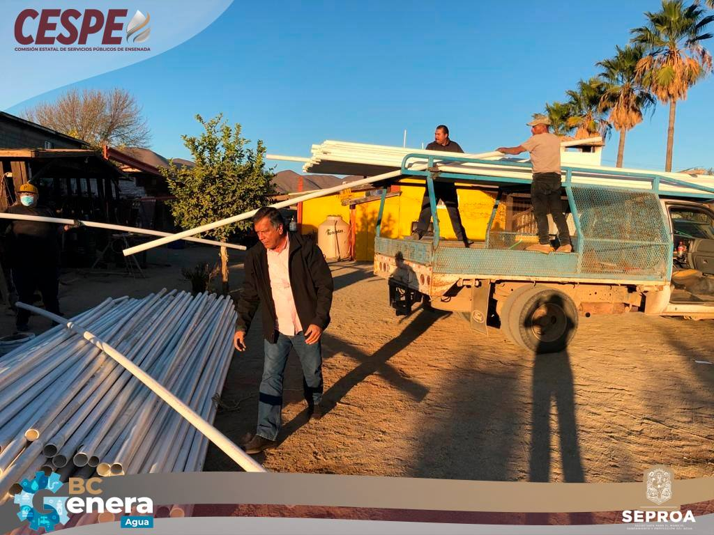 Hace entrega la CESPE de 250 tramos de tubería, al comité ciudadano del agua de San Vicente.